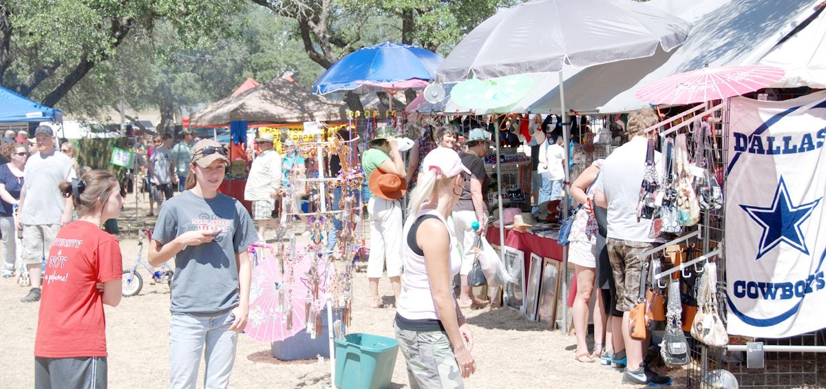 People shopping during Dove Fest